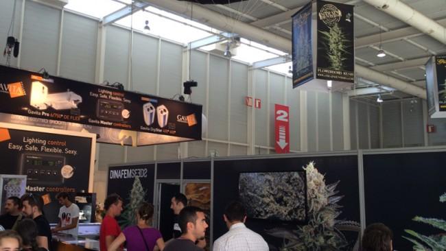 Stand Dinafem Expogrow 2014